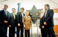 """Inauguración del Monumento """"Huellas para no olvidar"""" en plaza pública de la Ciudad de las Esculturas, Argentina"""