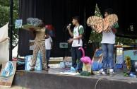 Alzando La Voz Por Los Derechos De La Madre Tierra En Quintana Roo Participan Activistas Con Desfile Y Parada Ambiental