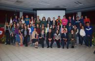 Jóvenes asistentes