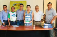 Support for the Proclamation of the Constitution of the Rights of Mother Earth in Puerto Quito: presence of the Mayor, Mrs. Narcisa Parraga, Vice Mayor, councilors and activists of the GEAP.