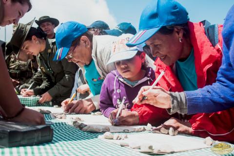 246 personas dieron su firma luego de la lectura de la Proclama en el Cerro del Zuque
