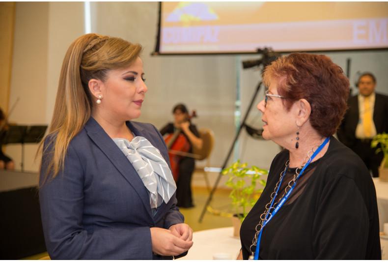 Gabriela Lara y Felisa Liss