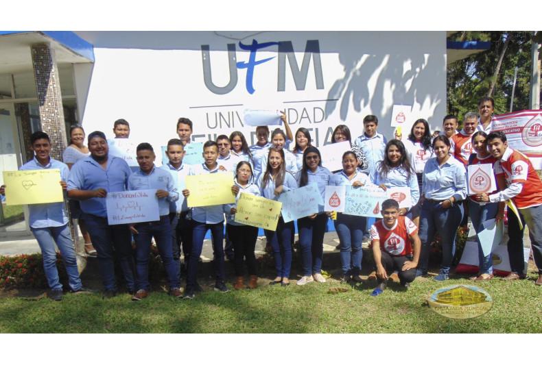 Estudiantes de la Universidad