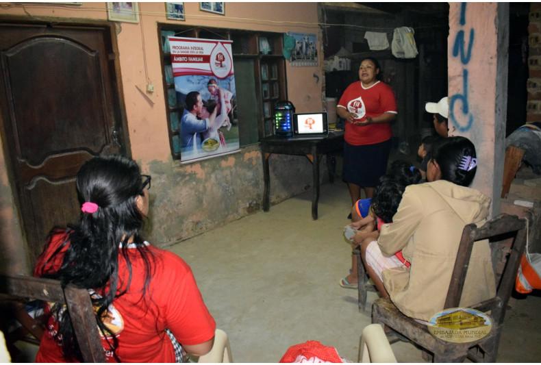 Miembros familiares reciben charla de sensibilización del PEC-VIDA